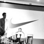 Sebastián Tonda presentando en Nike México