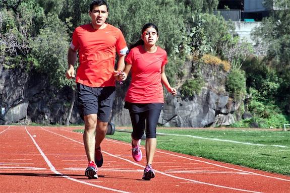 Daniela Velasco running